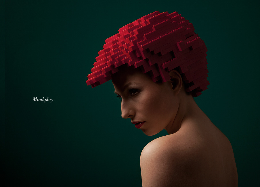 src=/files/Image/BEAUTY/2012/BEAUTY_NEWS/JULY/26_7/lego-wig-for-fashion-2.jpg