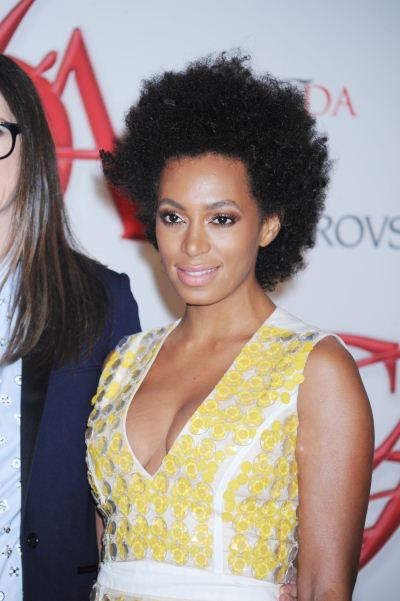 src=/files/Image/BEAUTY/2012/BEAUTY_NEWS/JUNE/8_6/solagne_knowles.jpg