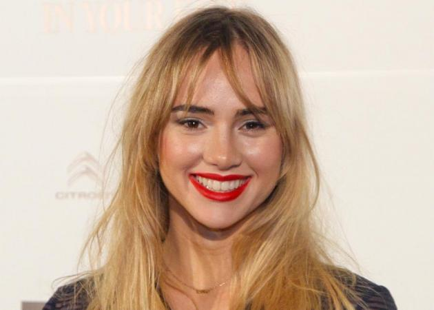 Make over alert! Η Suki Waterhouse έγινε καστανή!