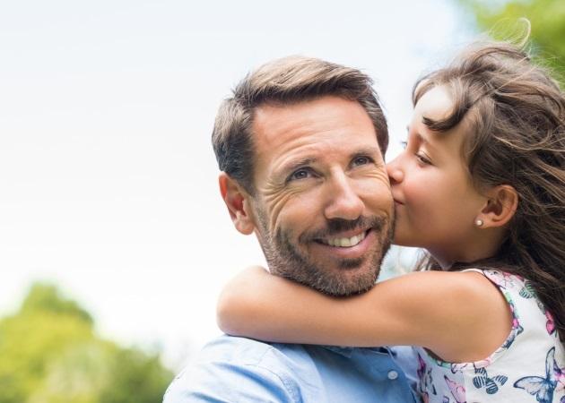 """Μπαμπάδες με κόρες: Πέντε πράγματα που μπορεί να κάνει ένας πατέρας για να """"εμπνεύσει"""" την κόρη του"""