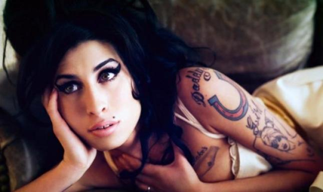 Amy Winehouse: Δες το μετά θάνατον video clip της!