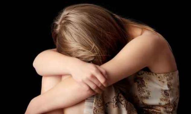 Φρίκη: Μητέρα βίαζε την 11χρονη κόρη της και το βιντεοσκοπούσε