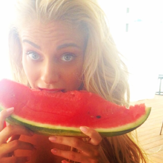 src=/files/Image/NEWS/2014/AUGOUSTOS/16-08/watermelon4.jpg