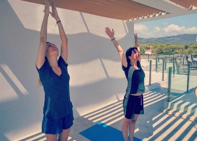 Βίκυ Καγιά: Ξεκινάει το πρωινό της με yoga! Φωτογραφίες