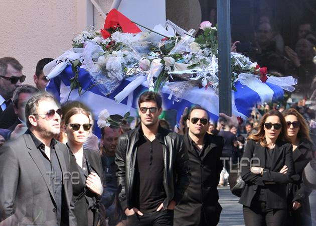 Παντελής Παντελίδης: Το τελευταίο αντίο, οι καλλιτέχνες που τον τίμησαν και η αγάπη του κόσμου!