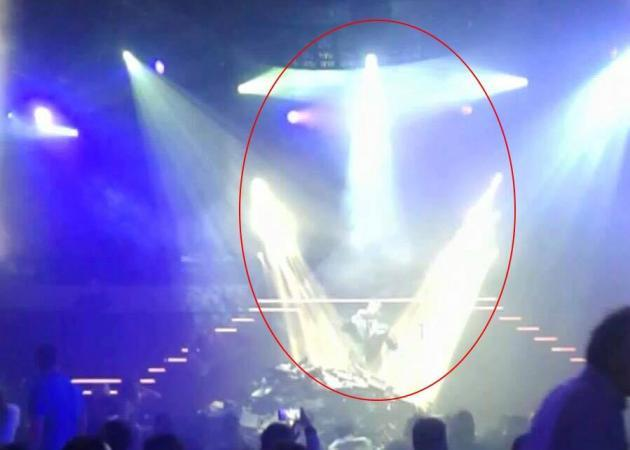 Ανατριχιαστικό! Ένας άγγελος εμφανίστηκε πάνω από τον Παντελή Παντελίδη στην τελευταία εμφάνιση στην πίστα! Φωτό