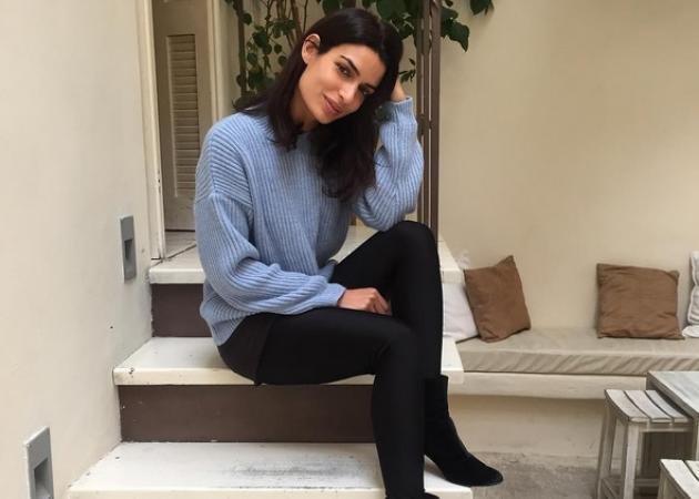 Τόνια Σωτηροπούλου: Απογευματινή βόλτα με την Ρούλα Ρέβη!