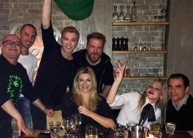 Κώστας Σπυρόπουλος - Χριστίνα Πολίτη: Βραδινή έξοδος με Κεφαλογιάννη, Μαρκουλάκη και Ζαχαράτο!