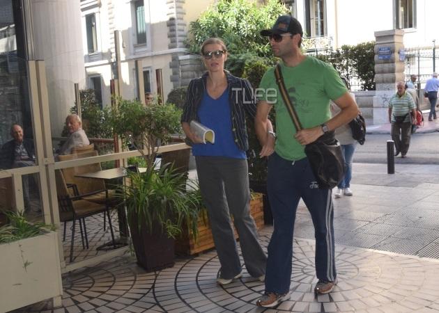 Ζέτα Δούκα: Βόλτα στο κέντρο με τον Παναγιώτη Μπουγιούρη! Φωτογραφίες