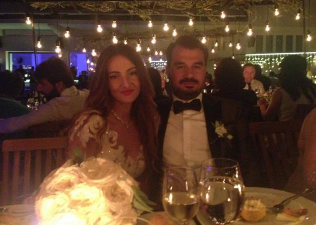 Ανδρέας Παπαμιμίκος - Σόνια Σαββίδη: Γαμήλιο party με διάσημους καλεσμένους! Φωτογραφίες