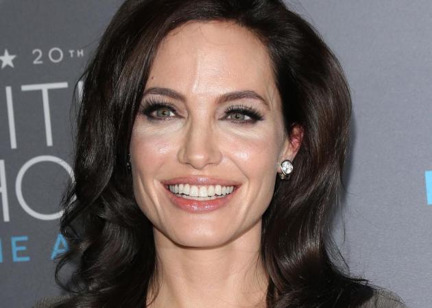 Η Angelina Jolie, μπλόκαρε το κινητό του Brad Pitt! Ούτε τηλέφωνο μπορεί να την πάρει