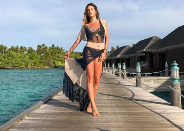 Αθηνά Οικονομάκου: Νέες φωτογραφίες από τις διακοπές της στις Μαλδίβες