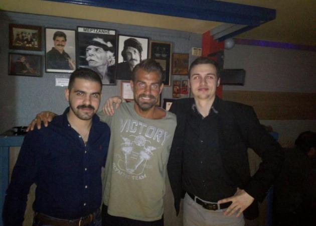 Στέλιος Χανταμπάκης: Η βραδινή έξοδος σε κρητικό στέκι και το τραγούδι που του έβγαλε ο Νίκος Ζωιδάκης!