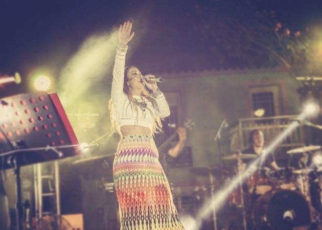 Μελίνα Ασλανίδου: Μια βραδιά γεμάτη συγκίνηση και μουσική στη Λήμνο