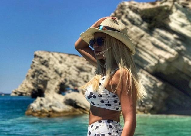 Κατερίνα Καινούργιου: Διακοπές στη Νάξο με την καλή φίλη της Χριστίνα Στεφανίδη!