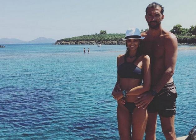 Αλέκα Καμηλά - Πέτζα Στογιάκοβιτς: Καλοκαίρι στην Ελλάδα για το ερωτευμένο ζευγάρι [pics]
