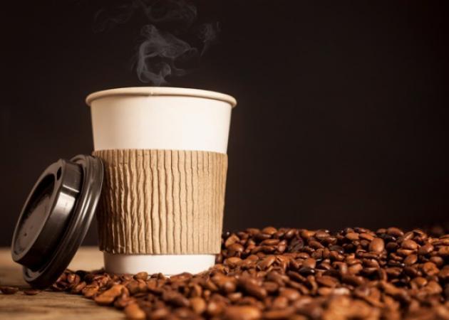 Αν νιώθεις αυτά όταν πίνεις καφέ, έχεις αλλεργία στην καφεΐνη!