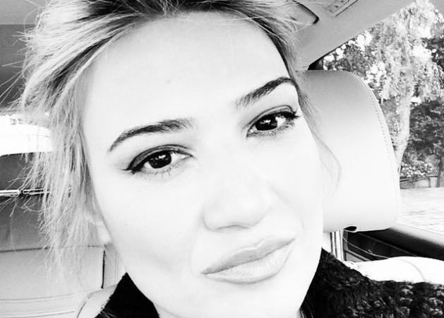 Φαίη Σκορδά: Αντίο λατρεμένη μου - Το αντίο της στην Κέλλυ Σακάκου