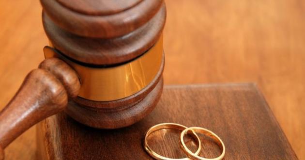 Διαζύγιο μετά από τρία χρόνια γάμου για γνωστό παρουσιαστή!