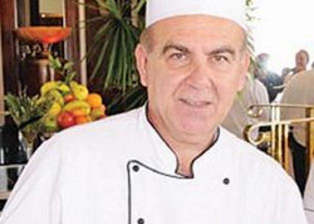 Ο Ελληνας σεφ που κατέκτησε με τον μουσακά την Αίγυπτο!