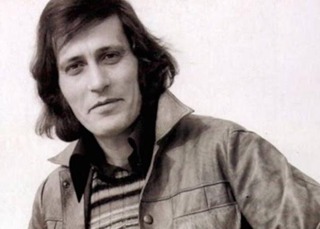 Πέθανε ο γνωστός τραγουδιστής, Γιάννης Καλατζής