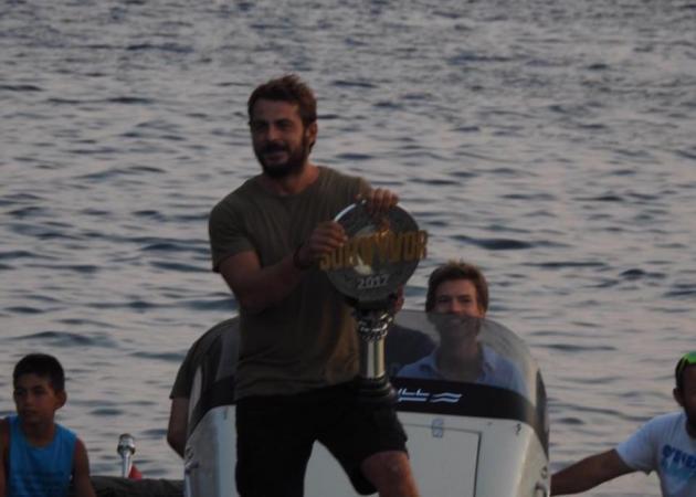 Γιώργος Αγγελόπουλος: Υποδοχή ήρωα στη Σκιάθο! Βούλιαξε από τους πανηγυρισμούς το νησί! Φωτογραφίες