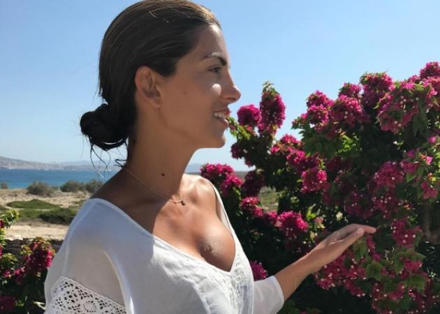 Σταματίνα Τσιμτσιλή: Με τις κόρες της στην παραλία!