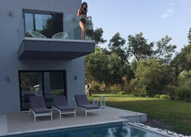 Τόνια Σωτηροπούλου: Απολαμβάνει τις διακοπές της στη Κεφαλονιά!