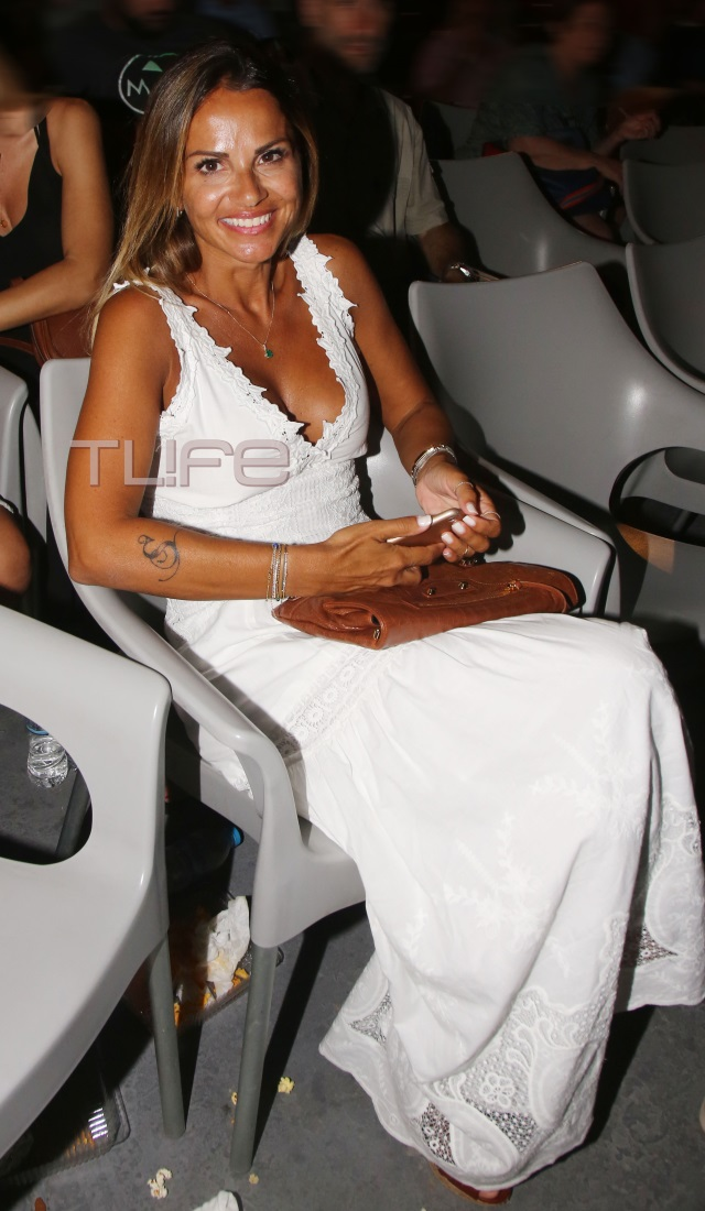 sofi3 - Σόφη Πασχάλη: Αγκαλιά με τον Μπο στο Δελφινάριο!