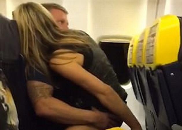 Απάτησε την έγκυο αρραβωνιαστικιά του στο αεροπλάνο – Σοκαρισμένοι οι επιβάτες τους τραβούσαν φωτό και βίντεο! [pics-vid]