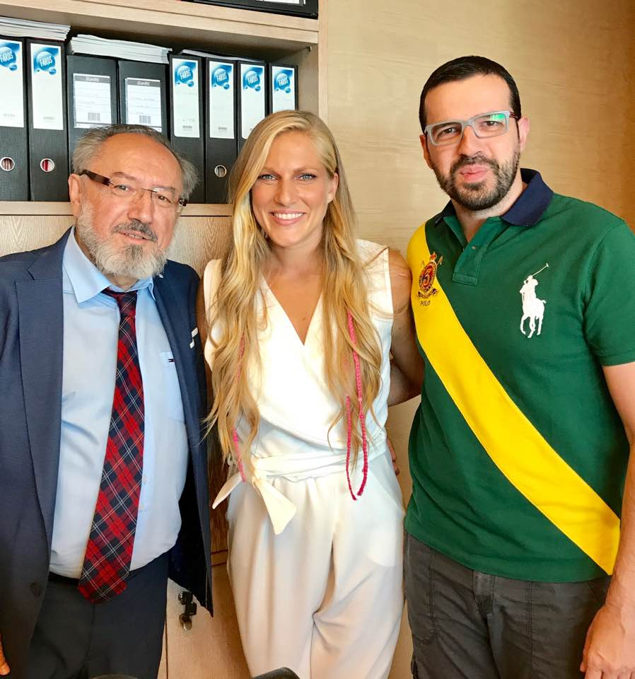 saraadamidis - Survivor: Η Σάρα Εσκενάζυ έκανε ιατρικό checκ up μετά την επιστροφή της!