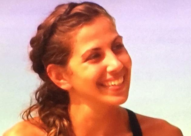 Ελισάβετ Αϊνατζιόγλου: Υποκλίθηκε το twitter στην αντίδρασή της κατά την αποχώρησή της από το Survivor!