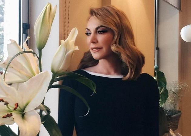Τατιάνα Στεφανίδου: Ένα ρομαντικό Σάββατο με θέα την Ακρόπολη
