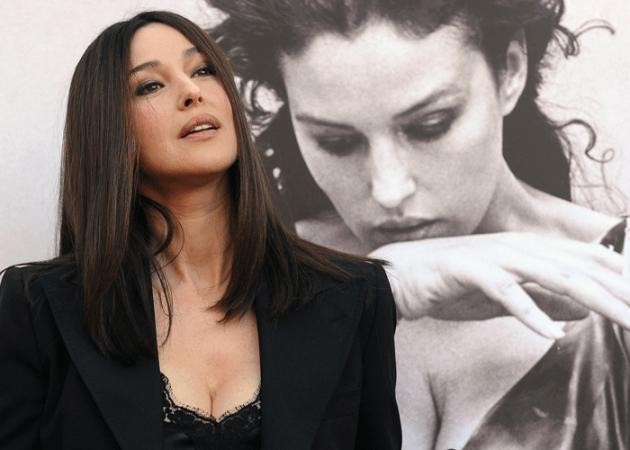 Monica Bellucci: Στηρίζει τον Τζουσέπε Τορνατόρε μετά το σκάνδαλο για τις σεξουαλικές παρενοχλήσεις
