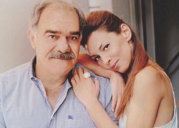 Η κούκλα κόρη του Γιάννη Μποσταντζόγλου και της Δήμητρας Παπαδήμα στην πρεμιέρα του μπαμπά της!