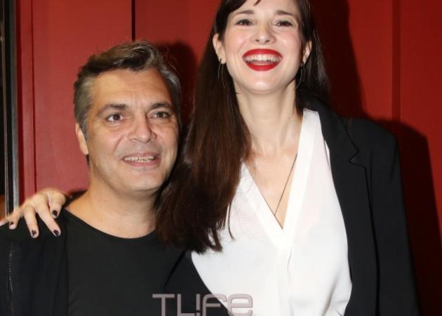 Άλκης Κούρκουλος: Με την αδερφή του Εριέττα και την σύντροφό του Ευγενία Δημητροπούλου στο θέατρο!