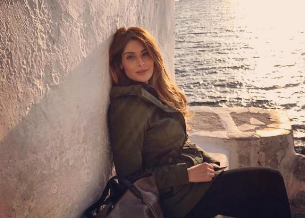 Ανθή Σαλαγκούδη: Φθινοπωρινή απόδραση στην Μύκονο! [pics]