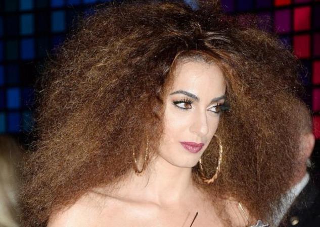 Amal Alamuddin: Η εντυπωσιακή εμφάνιση της ως disco girl από τα 70's! [pics]