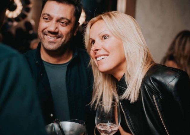 Γιώργος Θεοφάνους: Βραδινή έξοδος με την όμορφη σύζυγό του! [pics]