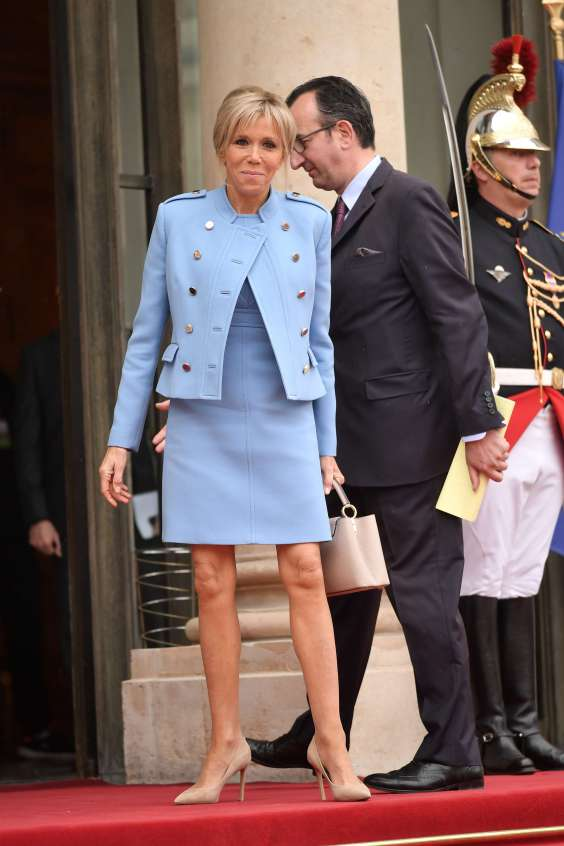 tsanta - Μπριζίτ Τρονιέ: H κομψή και λιτή εμφάνιση στην Αθήνα και αγαπημένη της Louis Vuitton τσάντα! - επισκεψη, ελλάδα, Macron