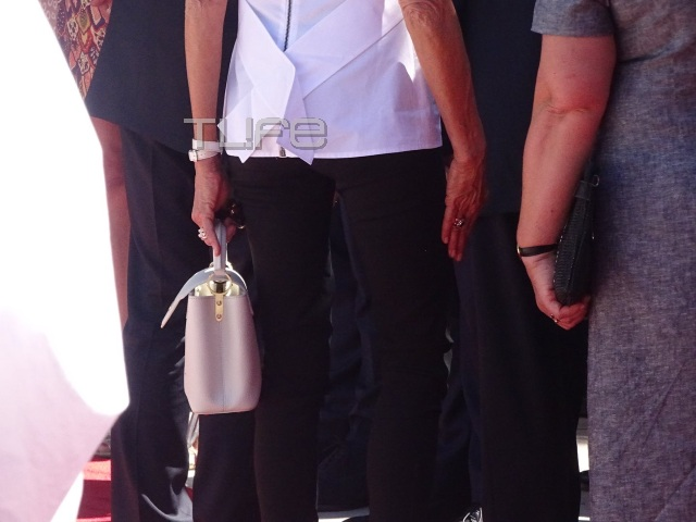 vuitton2 - Μπριζίτ Τρονιέ: H κομψή και λιτή εμφάνιση στην Αθήνα και αγαπημένη της Louis Vuitton τσάντα! - επισκεψη, ελλάδα, Macron