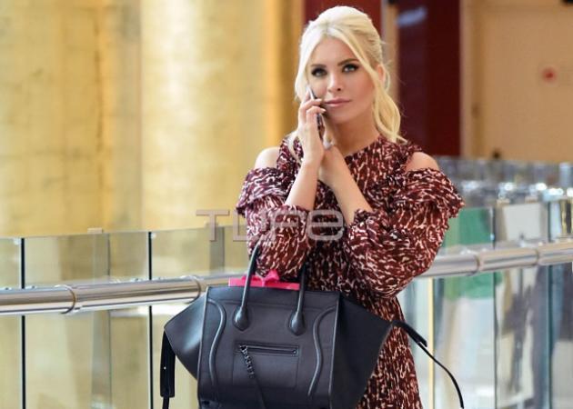 Κατερίνα Καινούργιου: Βόλτα για ψώνια με φθινοπωρινό look!
