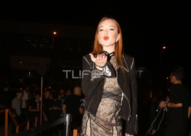 Lindsay Lohan: Σέξι εμφάνιση στο opening party του Lohan Club στην Αθήνα! Όλα όσα έγιναν