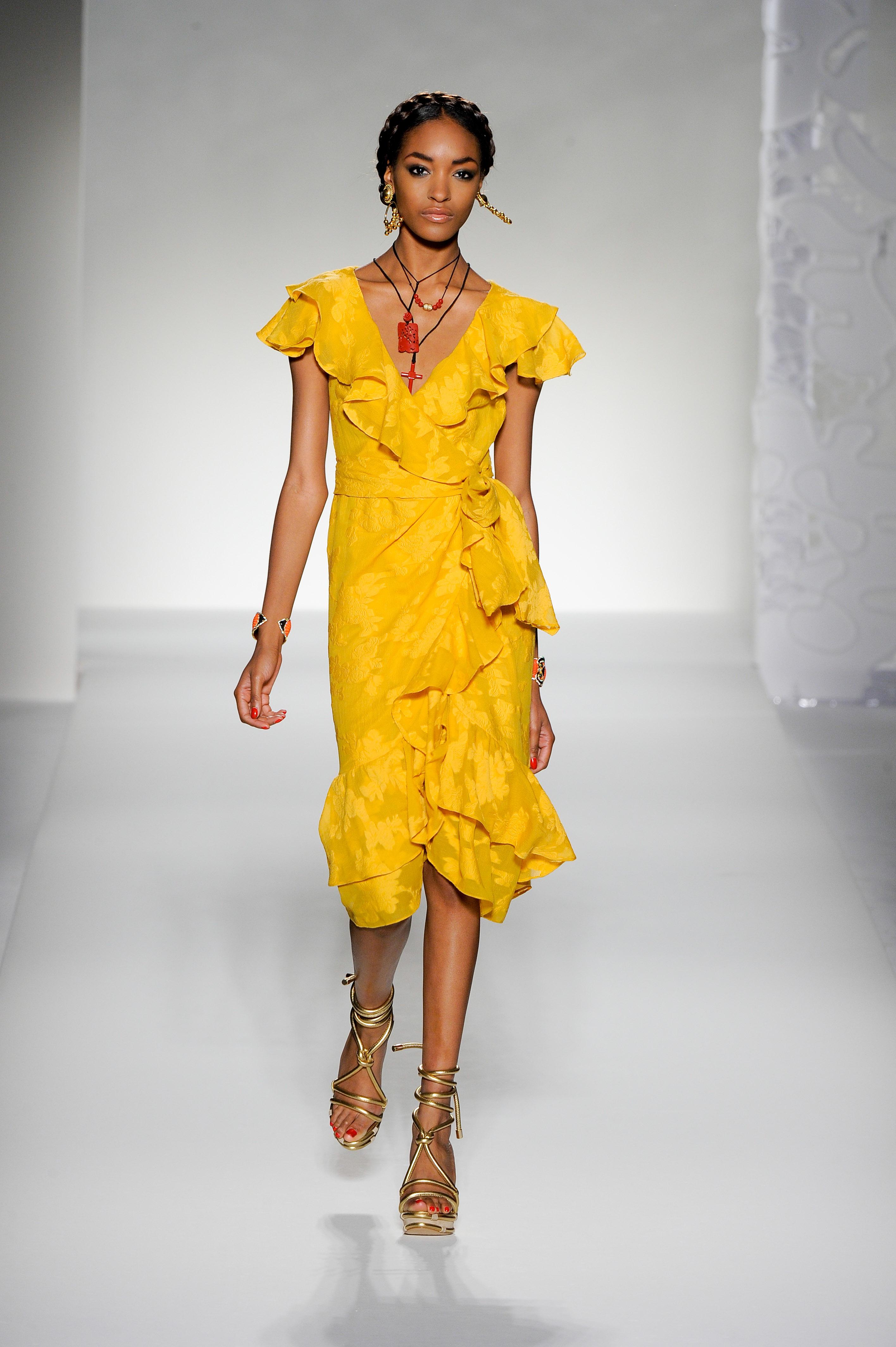 8c56d7009081 Τα 10 πιο hot trends του σήμερα και πως να τα φορέσεις... - TLIFE