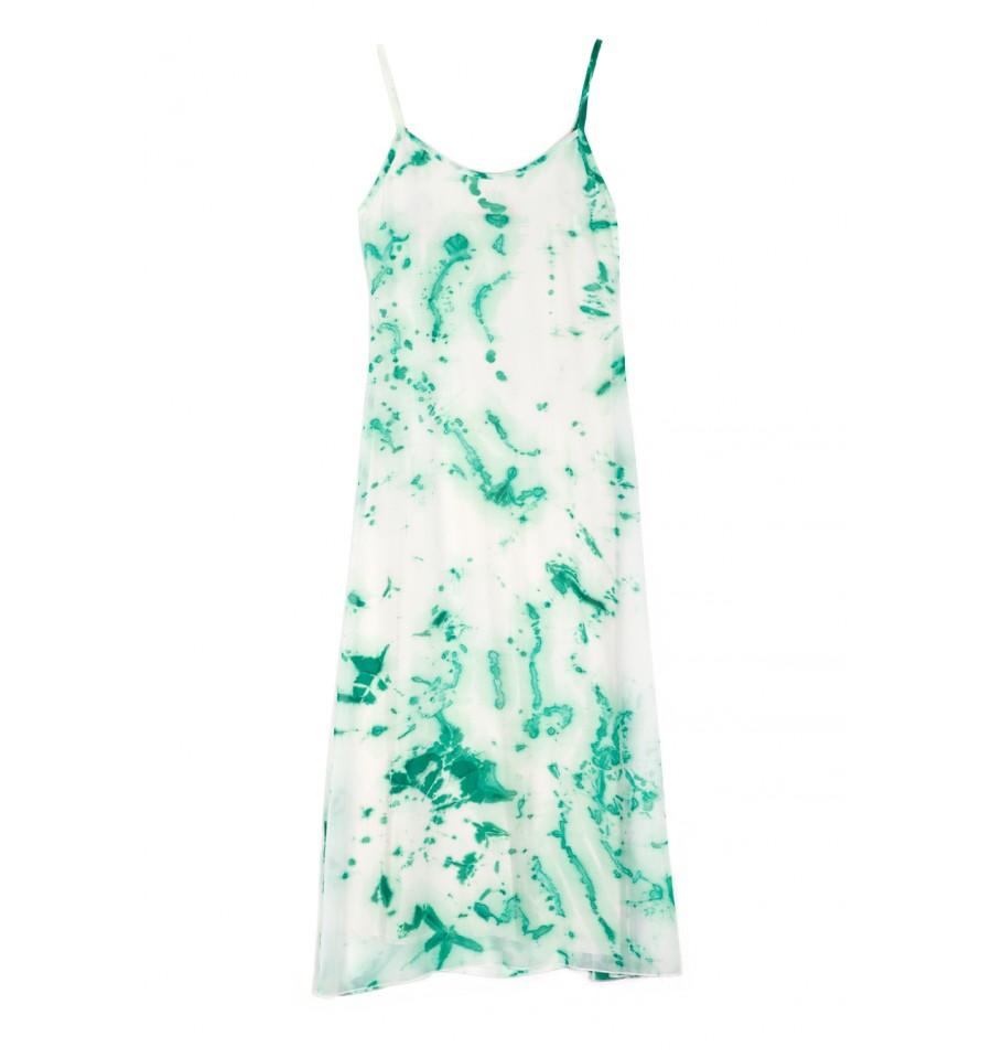 Ένα πράσινο maxi φόρεμα από την εταιρεία BE IN LOVE που δεν θα μπορείς να  αποχωριστείς! Ιδανικό για τις καλοκαιρινές σου βόλτες στο νησί 6a6915416ae