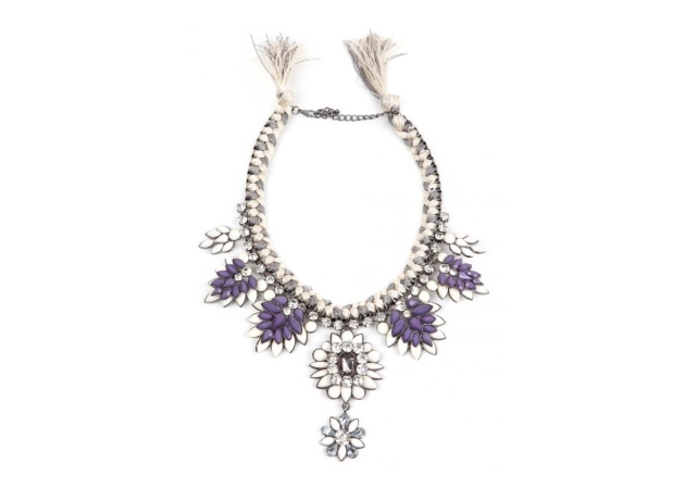 Statement necklace:Αναβάθμισε το look σου!