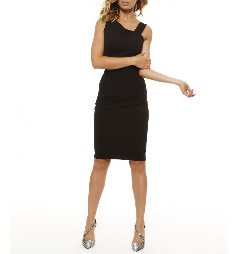 74421a4d6590 Σου βρήκαμε το τέλειο μικρό μαύρο φόρεμα! - TLIFE