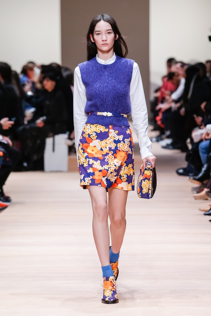 src=/files/Image/fashion/2015/OCTOBER/6-10/skirts/18.jpg