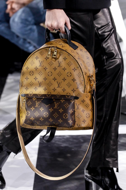 5861a71568 Πως να ξεχωρίσεις μια αυθεντική Louis Vuitton τσάντα από μια ...