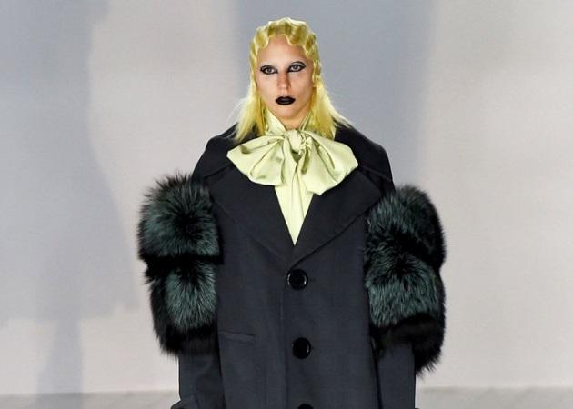 Η Lady Gaga περπάτησε στο runway του Marc Jacobs στη NYFW! | tlife.gr
